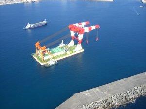 サルベージュ船